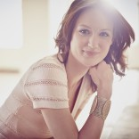 Actress, Kerry Bishé for SPLASH